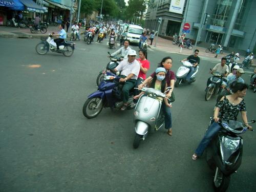 050604vietnam002_126